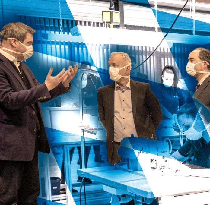 Markus Söder, company boss Reinhard Zettl and Hubert Aiwanger (from left) in April 2020 in the manufacturer's hall
