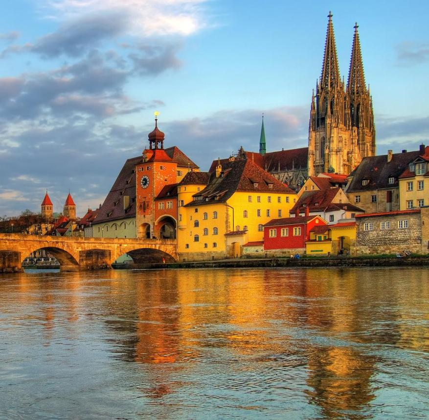 Along with the Regensburg Cathedral, the Stone Bridge is the most important landmark of the Danube city