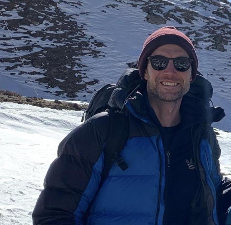 Nepal: Martin Lewicki with two travel acquaintances on the 160 kilometer long Annapurna Circuit through the Himalayas