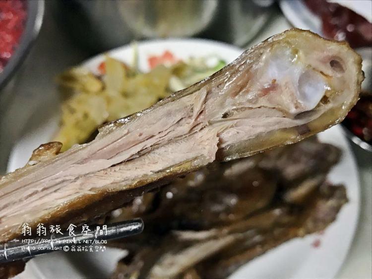 桃園平鎮美食推薦|梁袁港式滷味 88歲老爺爺帶著港式美味滷味藏身在桃園平鎮!