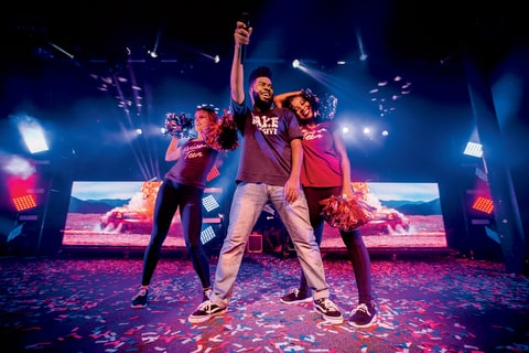 khalid live portland oregan performance dancers