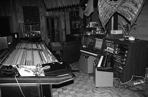 Prince; Paisley park Studios