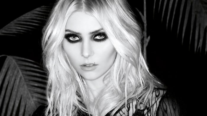 Image result for taylor momsen 2016 black and white