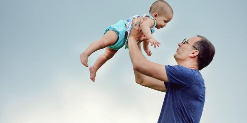 親子攝影記錄 帶孩子走入自然 。陽明山擎天崗。