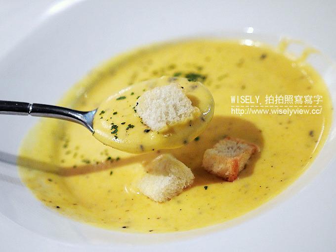 【食記】台北大安。捷運忠孝敦化站:LFA老富昌 法美式餐廳@香港老字號來台名店,黑松露蘑菇芝士義大利飯好吃