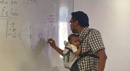 Resultado de imagem para estudiar con un bebe