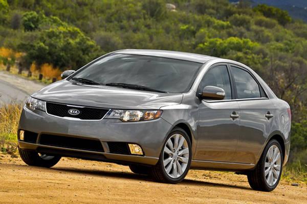 Kia Forte EyeCatching  Compact Sedan 2010