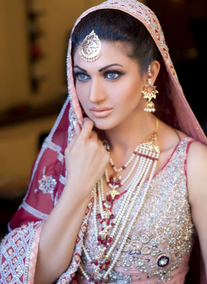 Sana Fakhar Awesome Makeup Photoshoot