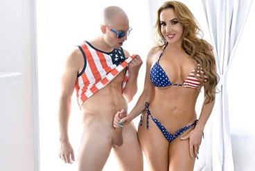 Richelle Ryan Milfty Independence Day Stepmom Dick Down - 05.07.2019