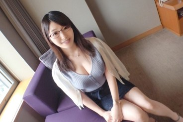 SIRO-3933 Hannari Kyoto wife with the SS-class body To immorality space