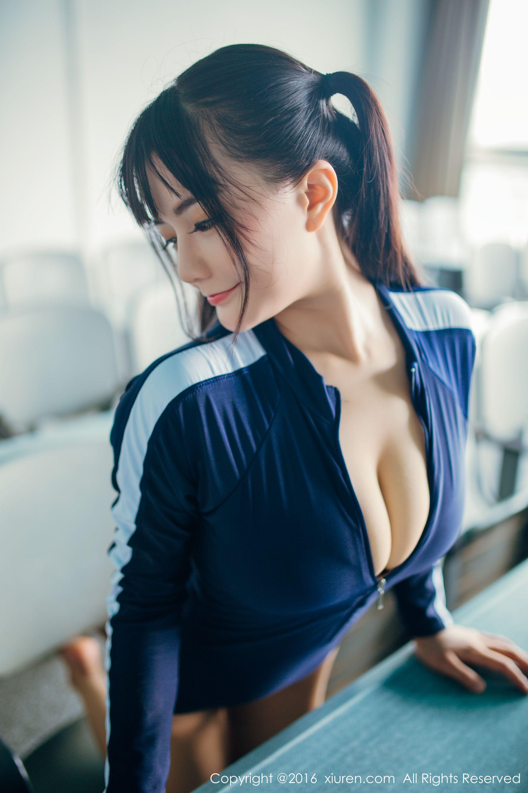 童颜巨乳模特@阿乖Kiddo-小柚妹站