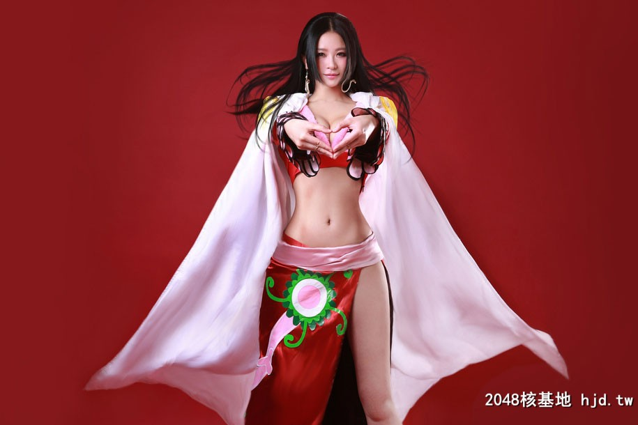 《海贼王》性感女帝Cosplay【CN:野猪桃桃宝】 (9P)插图(1)