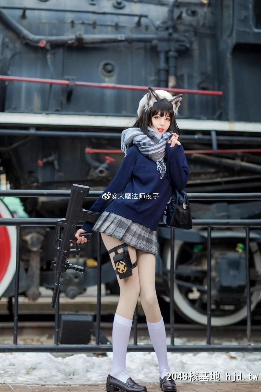 少女前线95式 纯白毕业祭@大魔法师夜子 (10P)插图(1)