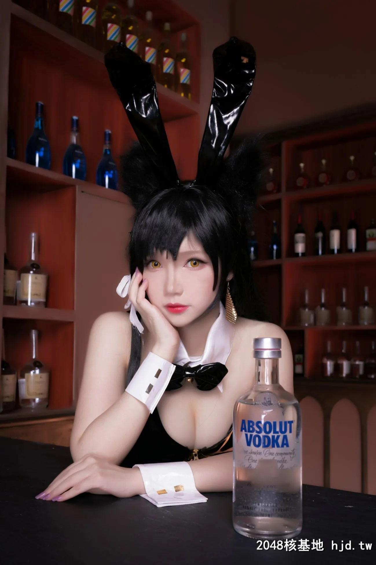 《碧蓝航线》爱宕性感黑丝吊带兔女郎Cosplay【CN:雪晴Astra-】 (30P)插图(8)