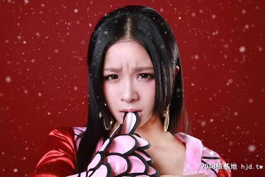 《海贼王》性感女帝Cosplay【CN:野猪桃桃宝】 (9P)插图(8)