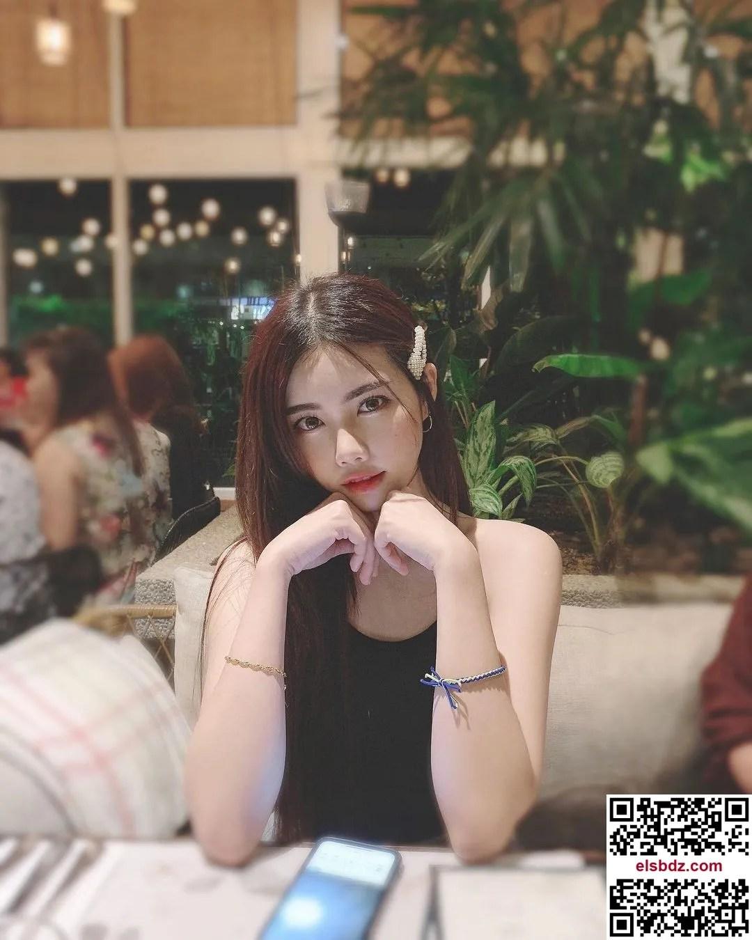 May Ng·吴翠媚 惊为天人身材藏不住插图(8)