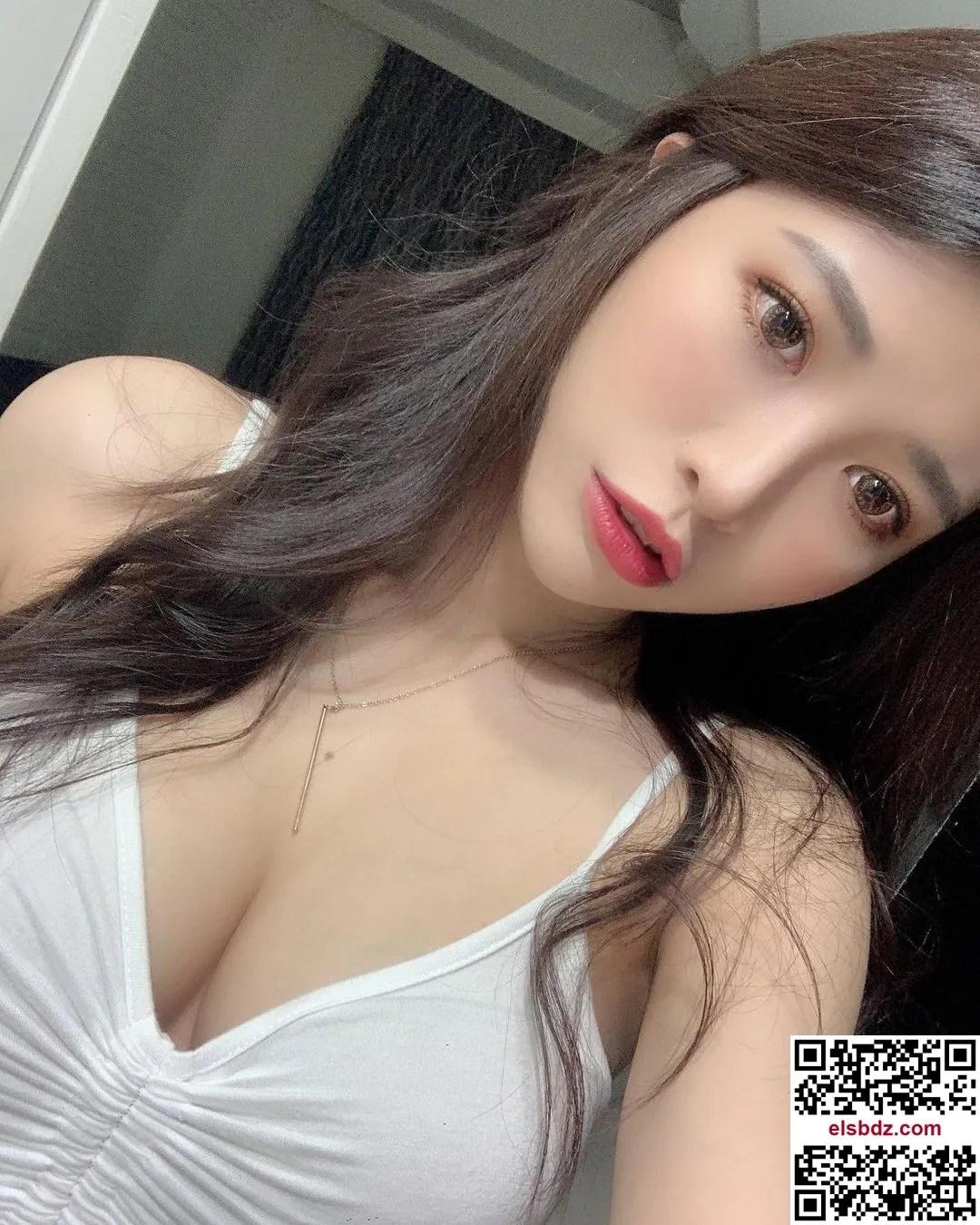 """完美侧乳令人惊艳的个性女神""""芮公子""""!插图(5)"""