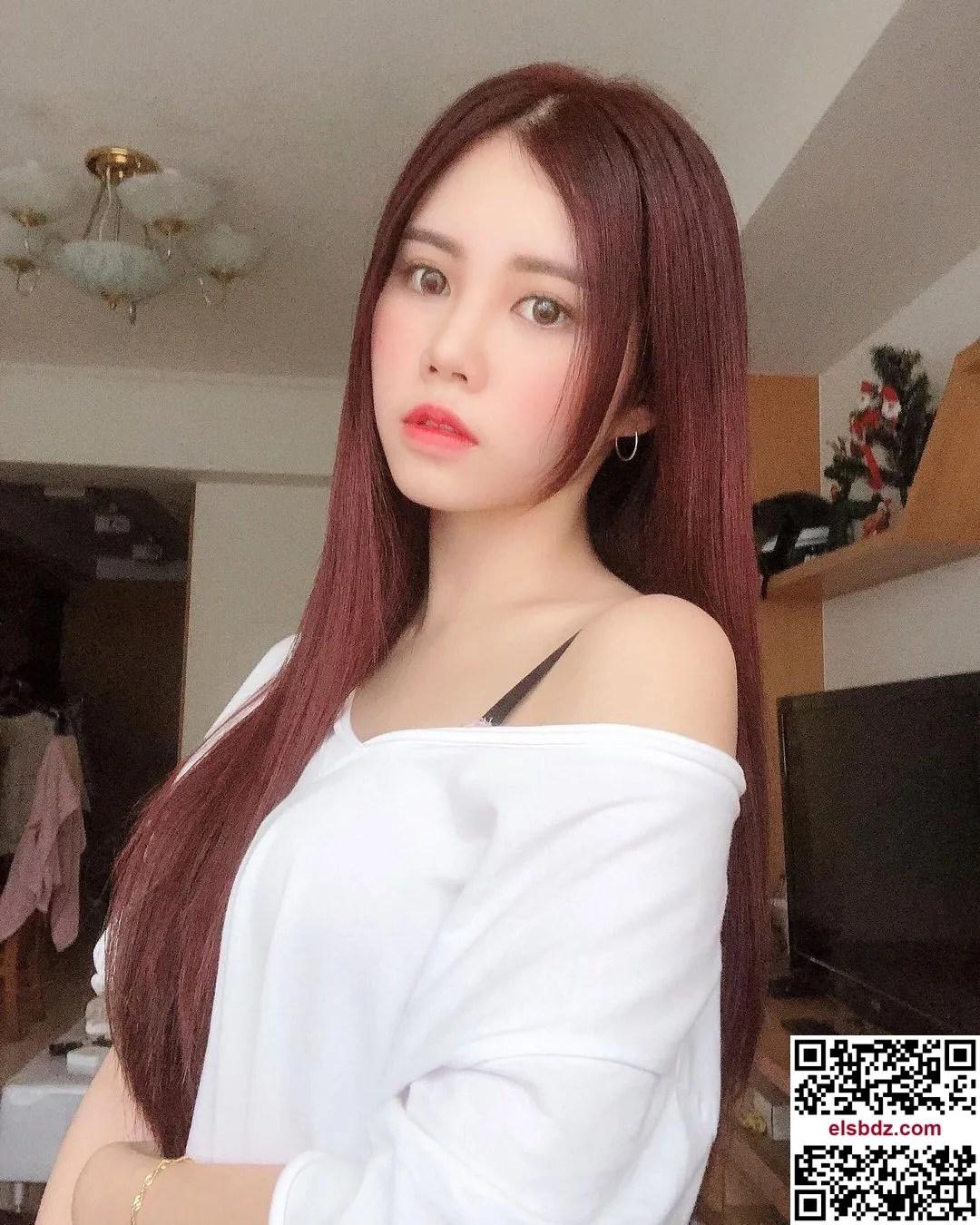 May Ng·吴翠媚 惊为天人身材藏不住插图(2)