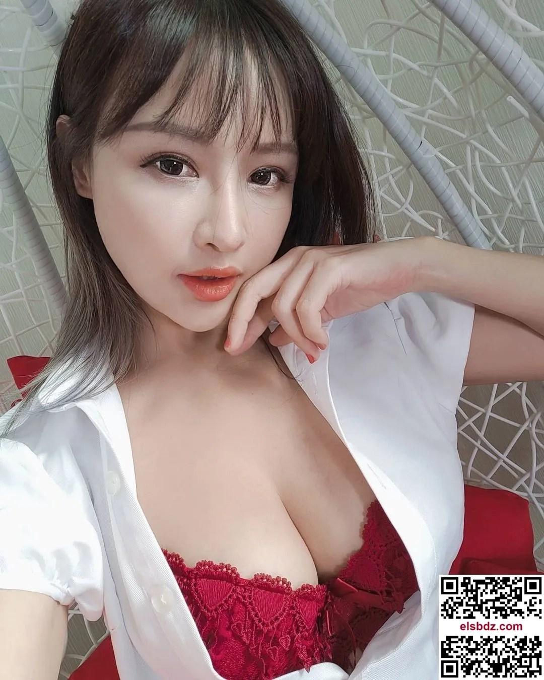 """Lei Yi """"发育成熟的美乳"""" 粉丝看了忍不住大赞插图(6)"""
