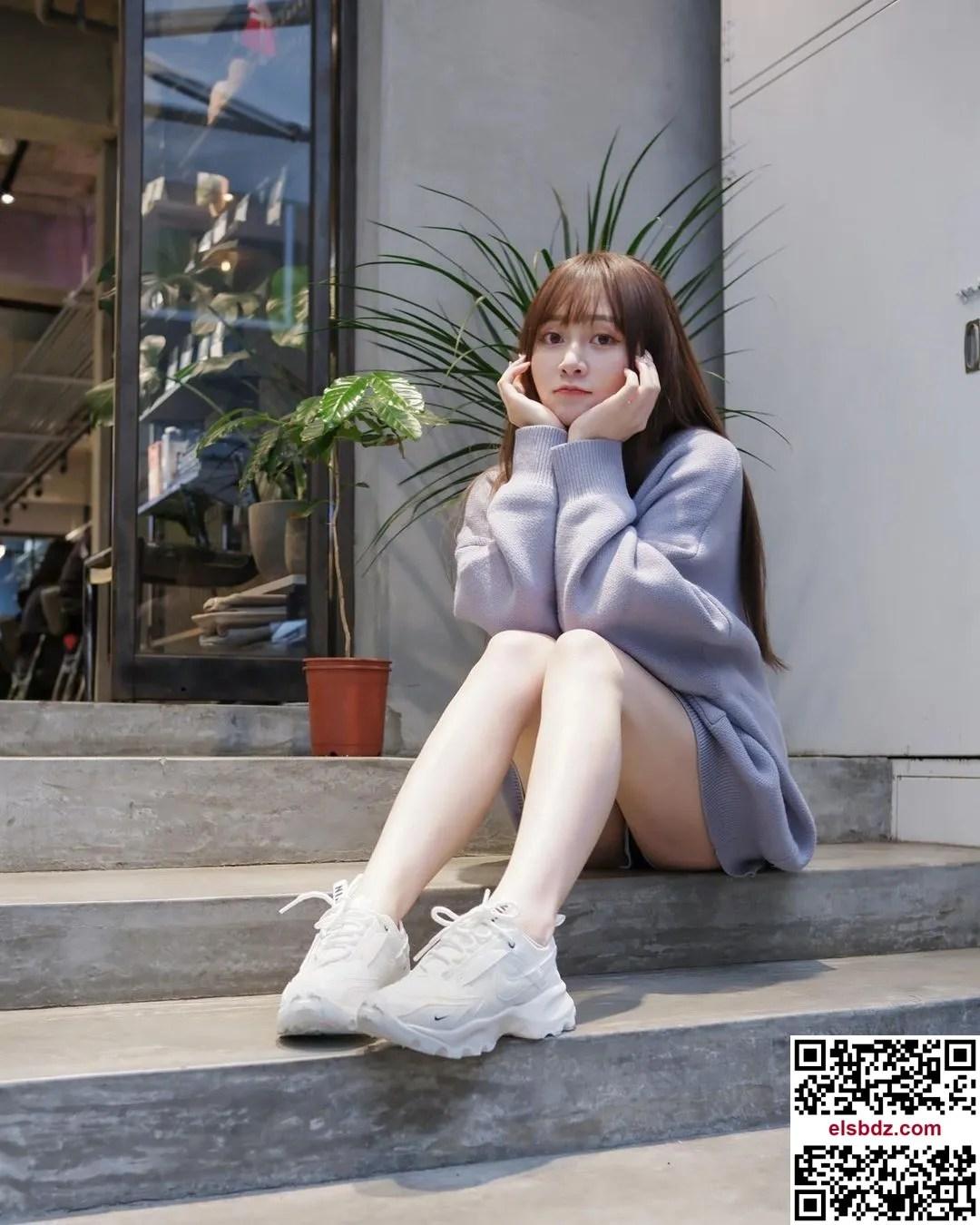 """甜美笑容的气质正妹""""泫"""",拥有超美嫩白长腿插图(6)"""