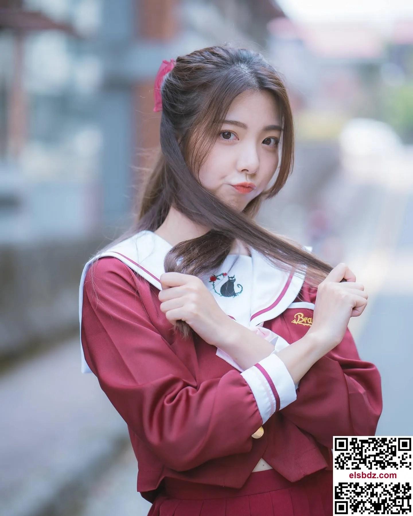 苏苏 Sue 女神 凶狠来袭完美鹅蛋脸插图(4)