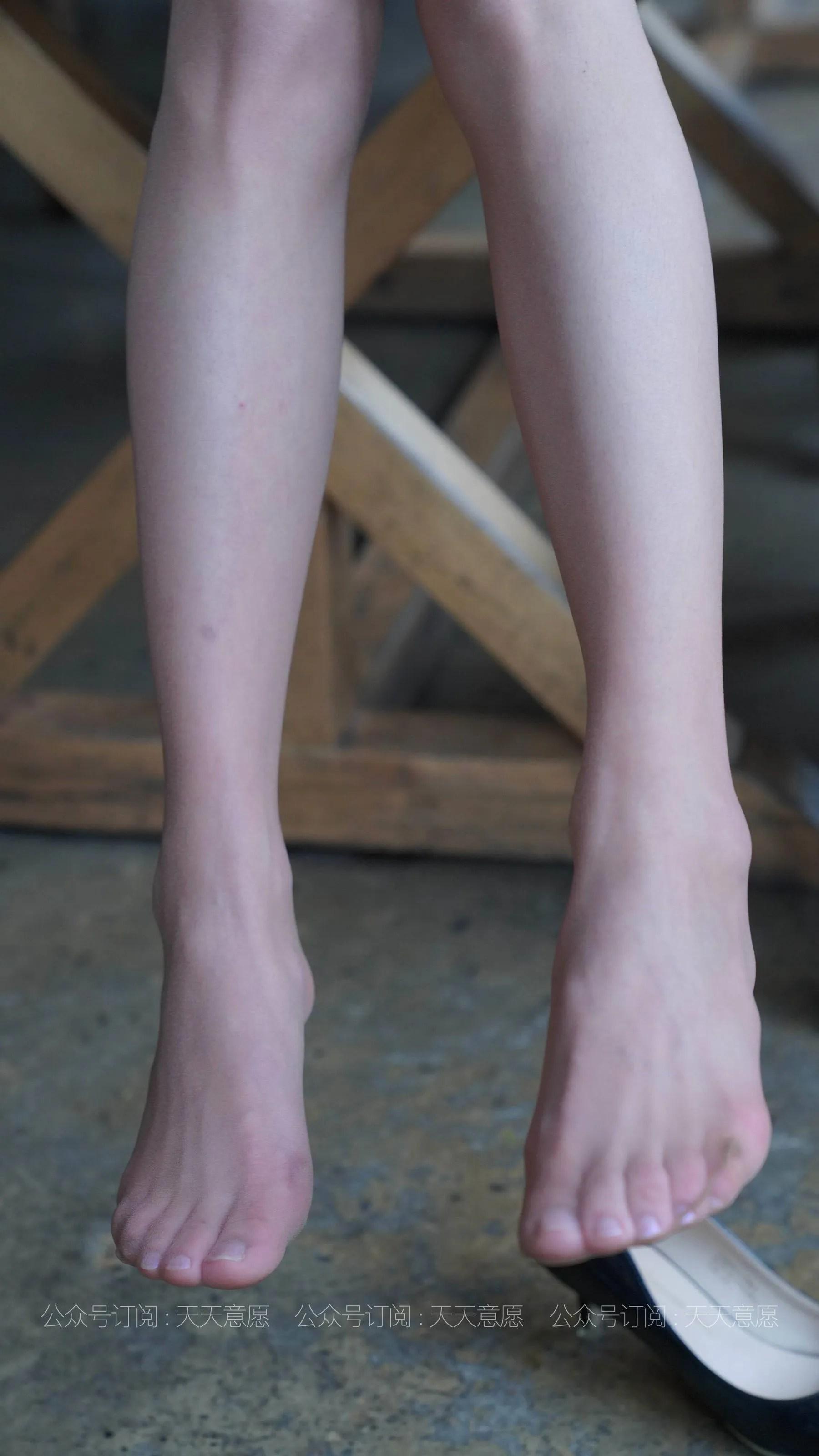 [IESS] 丝享家 766 小六《蓝色套装展示》 丝袜美腿写真[73P]插图(9)