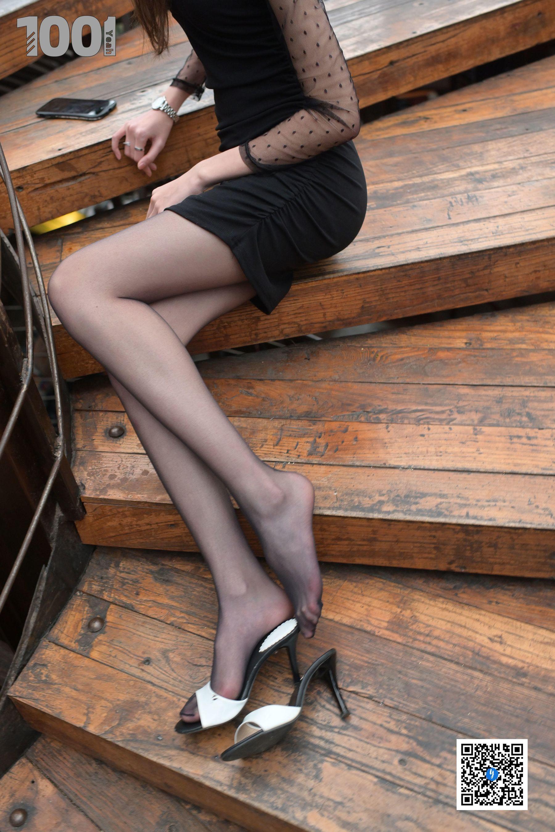 [IESS] NO.185 草莓《楼梯的拐角处2》 丝袜美腿写真[70P]插图(10)