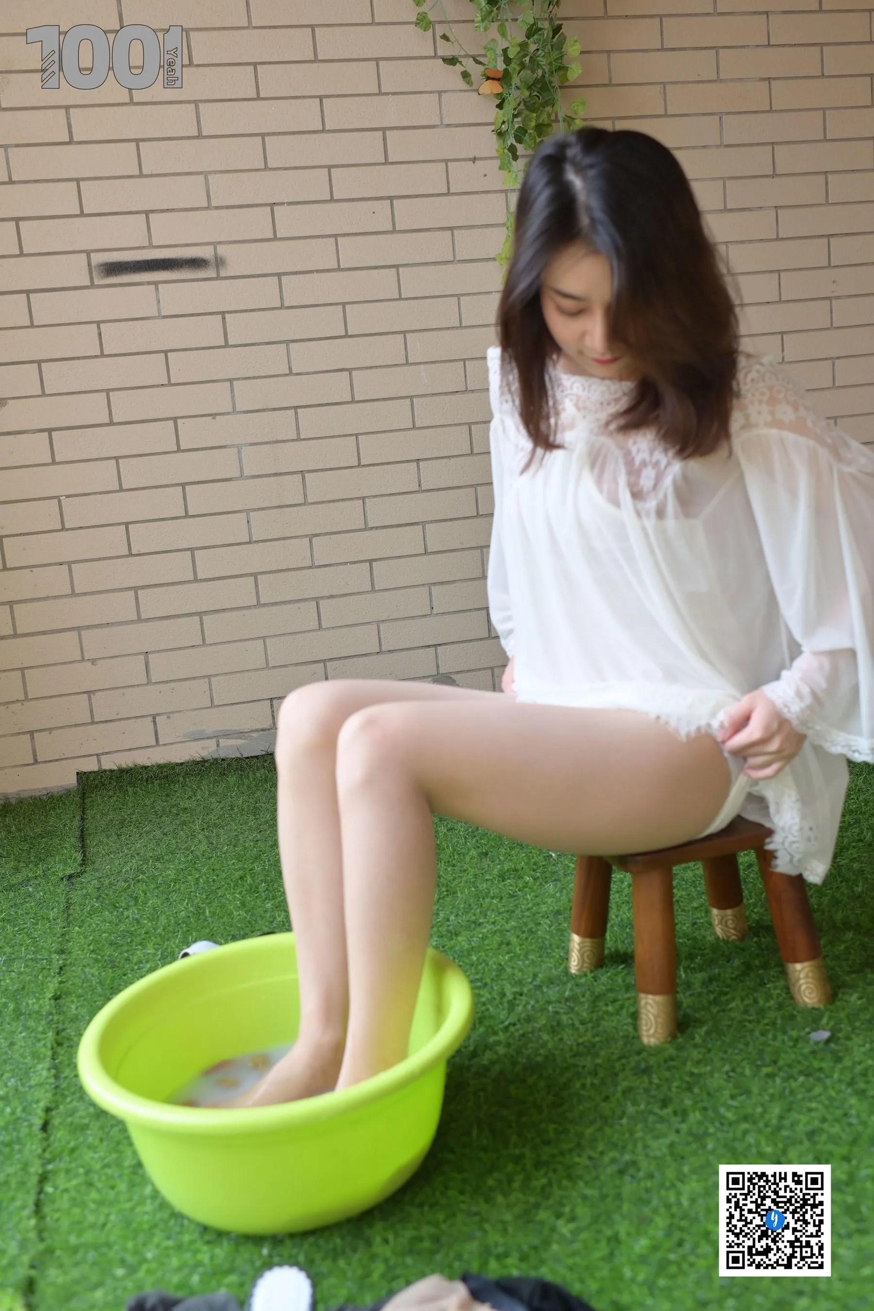 [IESS] NO.182 真真【洗丝5】  丝袜美腿写真[60P]插图(10)
