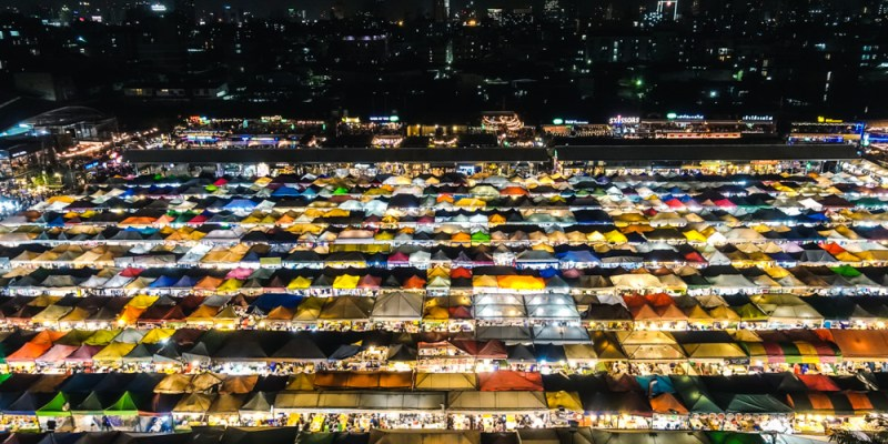 【曼谷旅遊】泰國曼谷自由行:拉差達火車夜市 Train Night Market Ratchada,曼谷人氣必逛夜市!曼谷夜景推薦景點