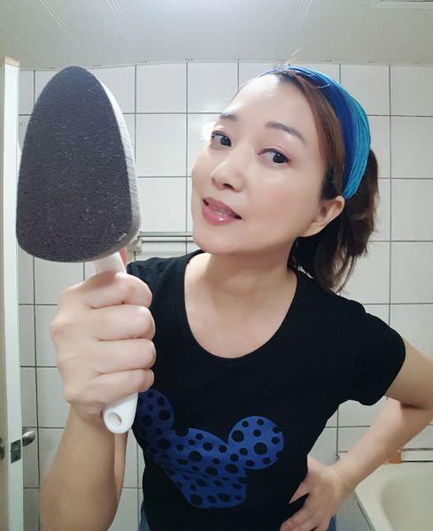 【黑魔法】廚房浴廁魔力奈米海綿金剛刷組,替換式刷頭、金鋼砂表面,細砂質感細膩,清潔力強,小三角刷頭,不放過死角,清潔更全面