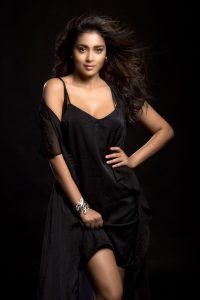 Actress Shriya Saran Hot2