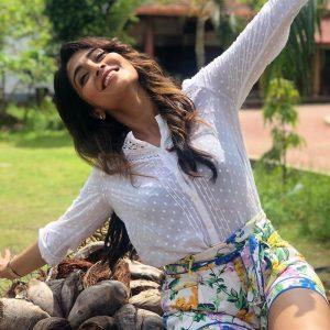Actress Shriya Saran Hot21