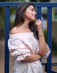 Actress Shriya Saran Hot56