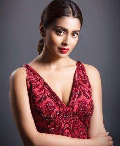 Actress Shriya Saran Hot63