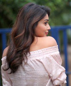 Actress Shriya Saran Hot77