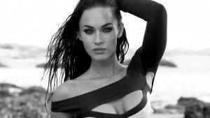 Hot and Sexy Look of Megan Fox Wallpaper