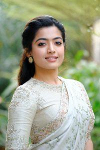 Rashmika Mandanna Beautiful Pics In Saree7