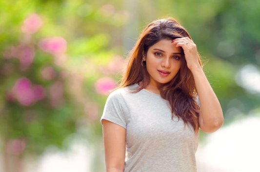 Actress Aathmika Cute, Hot, Gorgeous Pictures27