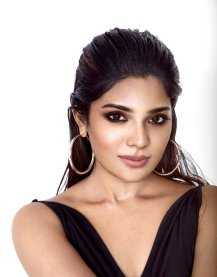Actress Aathmika Cute, Hot, Gorgeous Pictures30
