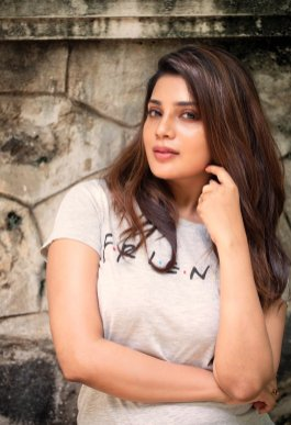 Actress Aathmika Cute, Hot, Gorgeous Pictures6