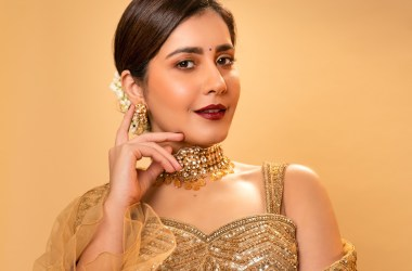 Raashi Khanna In Shimmering Golden Lehengas Hd Gallery