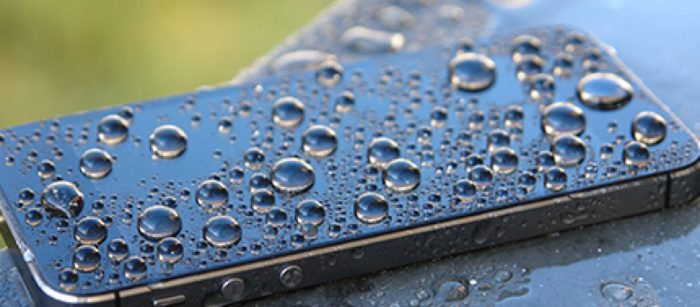 mobile phone gets wet in the rain