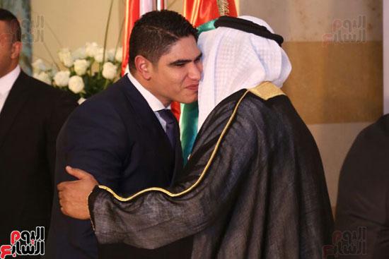 سفير الأمارات بالقاهرة يستقبل رجل الأعمال أحمد أبو هشيمة