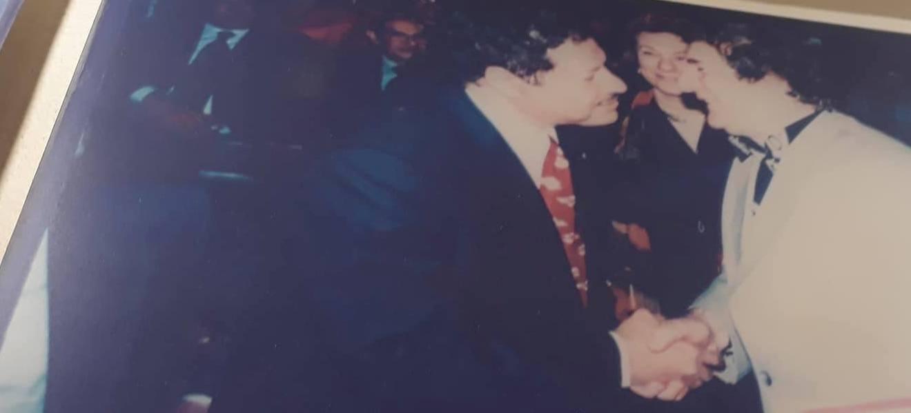 الفنان محي اسماعيل مع العالم المصري الكبير احمد زويل