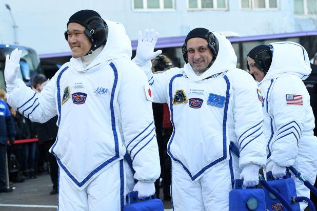 رواد الفضاء الثلاثة