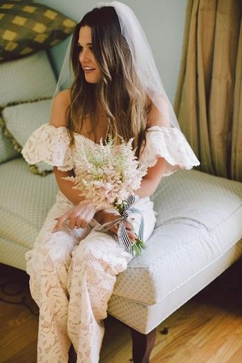 عروس ترتدى جامب سوت