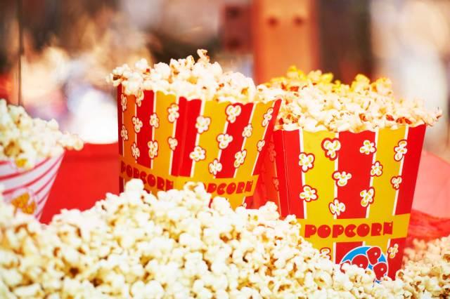 01_reasons_need_popcorn_in_diet_calories_PeopleImages