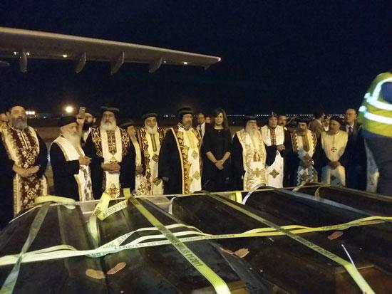 رفات الأقباط المصريين ضحية مذبحة سرت الليبية (4)