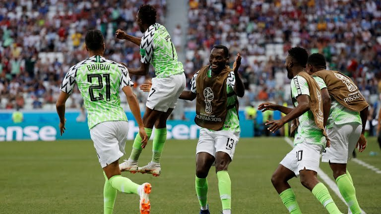 منتخب نيجيريا (2)