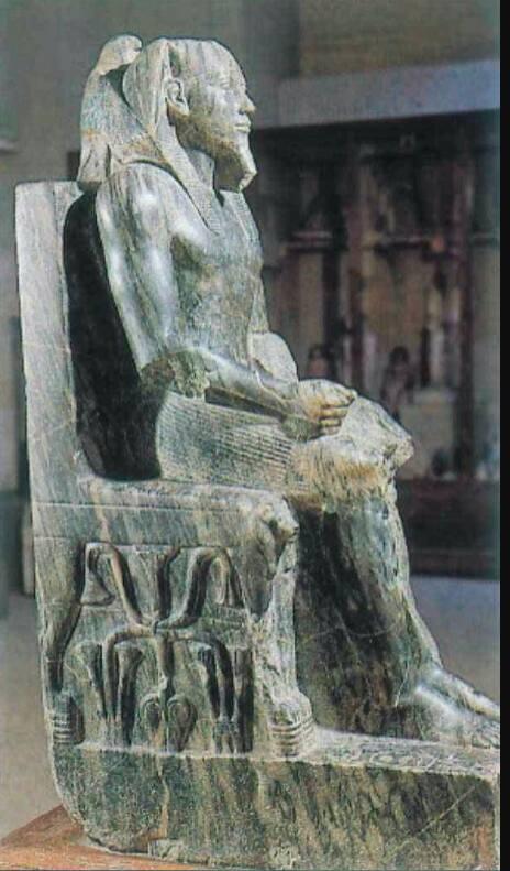 إعجاز فنى فى نحت تمثال الملك خفرع